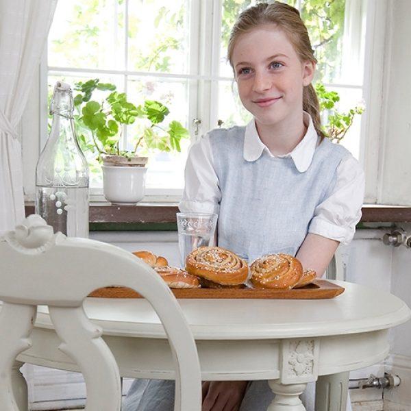 Gustaviansk barnebord Rosen, rund modell