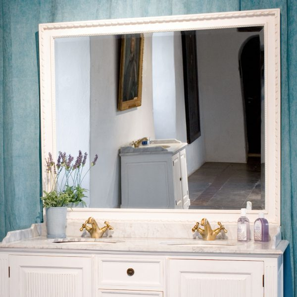 Gustaviansk speil til bad 2 vasker