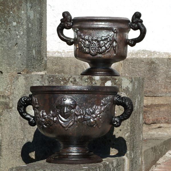 Gustaviansk urne L