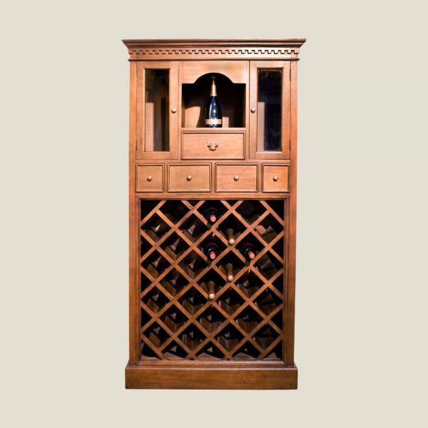 Gustaviansk rustikt vinskap, 27 flasker