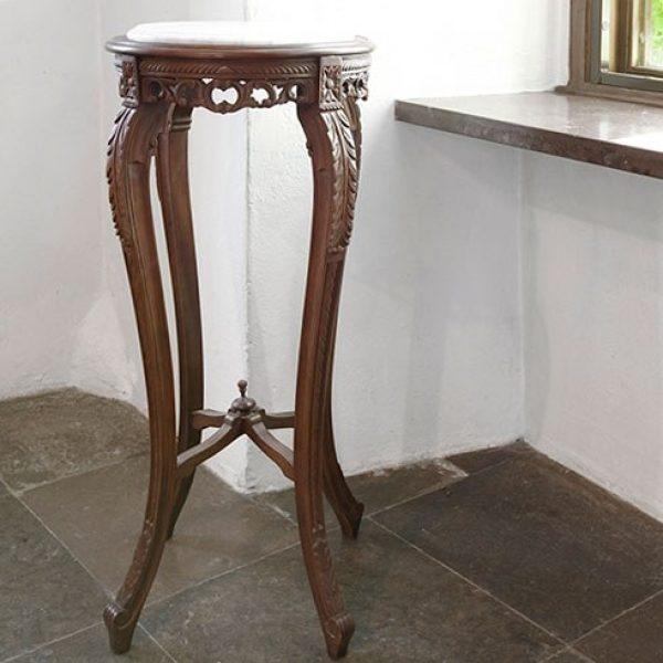 Pidestall m/marmor