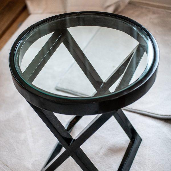 Rundt X-bord med glasstopp